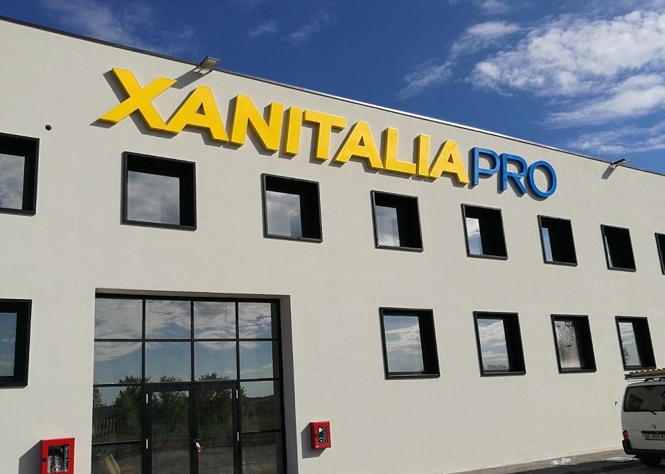 Realizzazione insegna XanitaliaPro