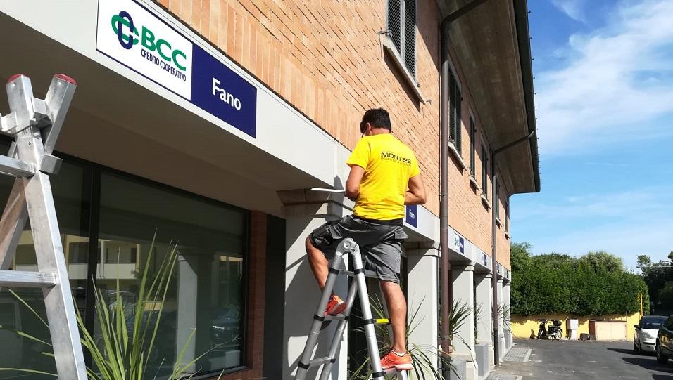 Realizzazione insegne BCC Fano